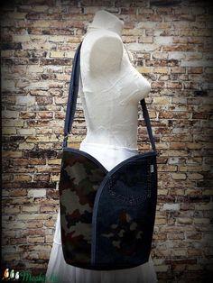 Tulipános, átvetős ( cross body ) táska, újrahasznosított farmerral-