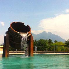 Paseo Santa Lucia, Monterrey, Nuevo León, México⛲️