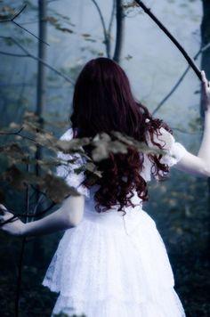 eikadan:  Ghost BrideSilga Snucite