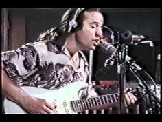 Prachtige live opnames van Ry Cooder in de Plant Studio's in Sausalito.  Backing vocals:  Bobby King, Gene Mumford en Cliff Givens.