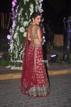 Dec 13, 14: @ManishMalhotra1's niece Riddhi's Sangeet Ceremony: @Sophie_Choudry in http://www.ManishMalhotra.in/ Lehenga