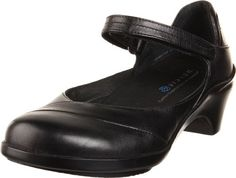 Looking for Aravon Women's Maya ? Check out our picks for the Aravon Women's Maya from the popular stores - all in one. Womens Shoes Wedges, Womens Flats, Pump Shoes, Women's Shoes Sandals, Black Pumps, Black Shoes, Sneakers Fashion, Fashion Shoes, Sneakers Women