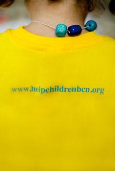 Gramaje de 195gr/m2  Medidas (alto x ancho): 48x39cm   http://www.helpchildrenbcn.com/product/camiseta-nino/