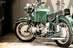 32 CONCEPTS: habermannandsons: BMW R60/2 With Steib S350...