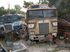 . Show Trucks, Big Rig Trucks, Old Trucks, Pickup Trucks, Abandoned Cars, Abandoned Vehicles, Cab Over, Heavy Duty Trucks, Kenworth Trucks
