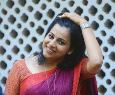 Angamaly Diaries Heroine Lichi Reshma Rajan Hot Photos