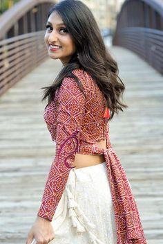 Blouse Designs High Neck, Fancy Blouse Designs, Designs For Dresses, Choli Designs, Lehenga Designs, Saree Blouse Designs, Designer Party Wear Dresses, Kurti Designs Party Wear, Indian Fashion Dresses