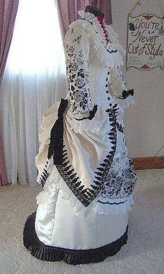 haute couture fashion Archives - Best Fashion Tips 1800s Fashion, Victorian Fashion, Vintage Fashion, Victorian Gown, Victorian Costume, Historical Costume, Historical Clothing, Vintage Gowns, Vintage Outfits