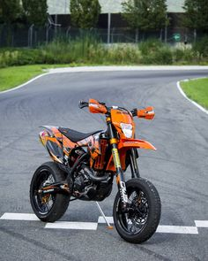 Come to Bolzano, Italy on the of july to race on the safety park with us. Ktm Dirt Bikes, Ktm Motorcycles, Ktm Supermoto, Sportbikes, Motorcycle Outfit, My Ride, Bike Life, Bobber, Motorbikes