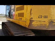 Caterpillar Excavators, Caterpillar Equipment, Heavy Equipment, Cat Life, Tractors, Around The Worlds, Trucks, Construction, Star
