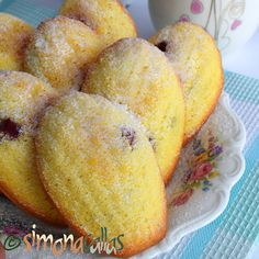 simonacallas - Desserts, sweets and other treats Biscotti, Cornbread, Peach, Sweets, Fruit, Vegetables, Ethnic Recipes, Food, Animal