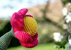 Pink/Yellow Summer Flower Rattle -Crochet Rattle -Baby rattle/Teething toy -Baby Girl Toy -Flower amigurumi