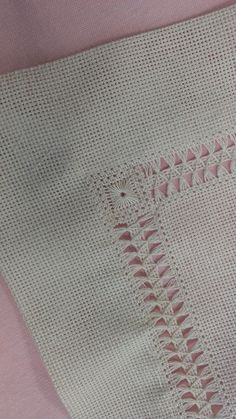 Carolina Ruiz Carrasco's media content and analytics Hardanger Embroidery, Hand Embroidery Stitches, Lace Embroidery, Hand Embroidery Designs, Cross Stitch Embroidery, Embroidery Patterns, Hem Stitch, Smocking Patterns, Drawn Thread