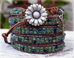 Hummingbird And Flower Seed Bead Leather door AZJEWELRYBYELIZABETH