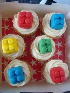 #LegoDuploParty Lego Duplo cupcakes by Angelina Cupcake, via Flickr I might give these a try for the House Party!