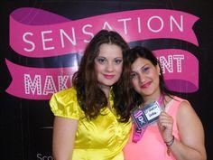 Da destra la candidata Spinelli Laura insieme alla sua modella che esibisce il maquillage ultimato