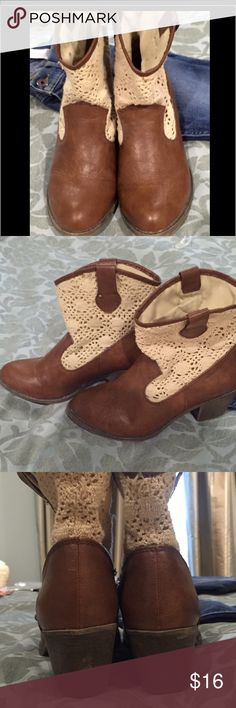 💁Girls MUDD Cowgirl Boots💁 Adorable Brown Dress Cowgirl boots W/lace upper top Sz 6 MUDD Shoes Boots