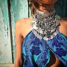 Maxi colar + vestido estampado