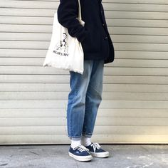 "Reposting @x0ri: ... ""카페는 헬러스카페☕️"" Womenswear mode style outfit ootd streetstyle"