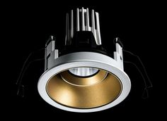 iGuzzini, Laser          photo: Studio Buschi  #light #design #lighting #lightdesign #renzopiano #iguzzini #studiobuschi #Architecture #Architettura #Effetti #LightingEffect  #LightingExperience