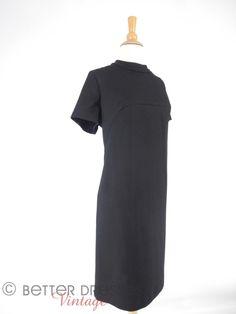 Vintage 60s Mod Black Shift Dress Short Sleeves  lg xl by BeeDeeVintage