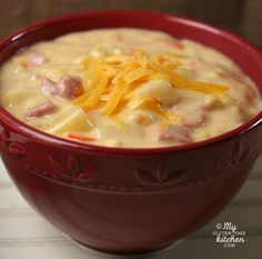 Ham Chowder (Gluten-free) - Ham Cheddar Chowder {Gluten-free} This is the perfect recipe for using up that leftover holiday ham - Soup Recipes, Dinner Recipes, Cooking Recipes, Healthy Recipes, Cheese Recipes, Chowder Recipes, Gluten Free Corn Chowder Recipe, Diabetic Recipes, Ham Chowder Recipe