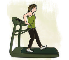 woman backwards on treadmill - The right way to walk