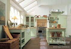 kitchen in provance style Provence, Kitchen Pictures, Kitchen Ideas, Beautiful Kitchens, Country Chic, Country Kitchen, Home Kitchens, Favorite Color, Kitchen Dining