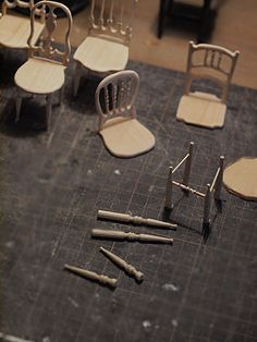 Reutter porcelana cesto//clothes Basket with clothes muñecas Tube 1:12