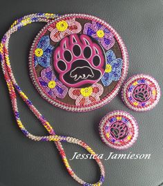 Medallion with matching earrings - JJ