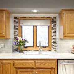Honey Oak Kitchen Design Ideas, Pictures, Remodel, and Decor Light Oak Cabinets, Honey Oak Cabinets, Refacing Kitchen Cabinets, Kitchen Redo, Wood Cabinets, Kitchen Ideas, Updating Oak Cabinets, Kitchen Cabinetry, Bathroom Cabinets