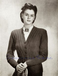 Curvy Month Pattern: Diagonal Cropped Cardigan, early 1940s