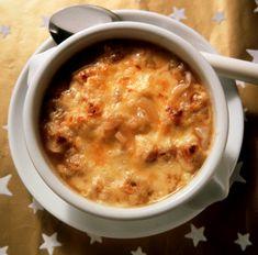La zuppa di cipolle, quella di origine francese, è famosa in tutto il mondo. Fino a quando non l'ho provata non pensavo che potesse essere tanto buona. Ric