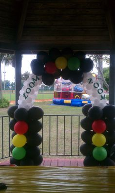 Car's Balloon Decoration Arch / Teasha