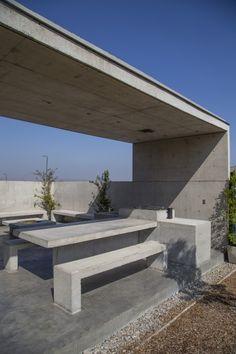 Los Bosques House / MasFernandez Arquitectos