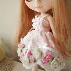 1 : 6 Scale Blythe Pink Lacy Floral Dress | Doll Apparel | Doll Fashion | Doll Dress | Blythe Outfit This Blythe Paroque style pink floral dress is decorated with Flowers and pearls. The whole dress i