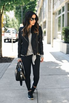 31 Ideas For Sport Chic Outfit Winter Leather Leggings chic 31 Ideas For Sport Chic Outfit Winter Leather Leggings Legging Outfits, Nike Outfits, Sneaker Outfits, 30 Outfits, Fall Outfits, Casual Outfits, Fashion Outfits, Sporty Chic Outfits, Jackets Fashion