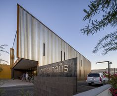 Casa da Bicicleta / Debartolo Architects (Scottsdale, AZ 85251, Estados Unidos) #architecture