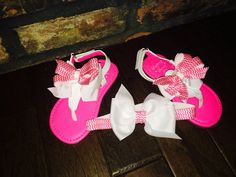 Flip flop and bow set on Etsy, $18.50