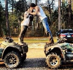 Country Engagement Photos Wedding pictures, not in the dress but very cute. Maybe engagement photos? Cute Country Couples, Country Couple Pictures, Cute Couples Photos, Cute N Country, Photo Couple, Cute Couple Pictures, Cute Couples Goals, Country Girls, Couple Pics