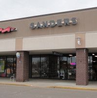 Sanders Opens in St. Clair Shores