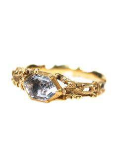 Memento Mori - Stuart Crystal Skull Ring c. 1761 - The Three Graces Antique Engagement Rings, Antique Rings, Antique Jewelry, Vintage Jewelry, Unusual Jewelry, Skull Jewelry, Jewelry Art, Skull Rings, Geek Jewelry