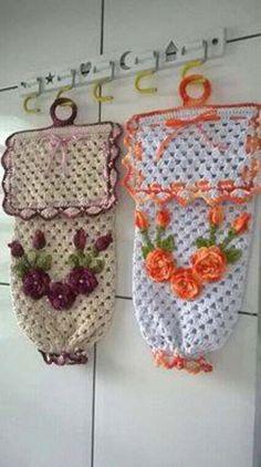 Pulls Different Crochet Bag Step by Step: Graphic - 30 Fo .- Puxa Saco de Crochê Diferente Passo a Passo: Gráfico – 30 Fotos Pulls Different Crochet Bag Step by Step: Graphic – 30 Photos - Crochet Towel, Crochet Doilies, Crochet Flowers, Crochet Baby, Knit Crochet, Crochet Blouse, Crochet Home Decor, Crochet Crafts, Crochet Projects
