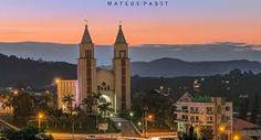 Vista do centro da cidade, com destaque a Igreja Matriz Cristo rei.