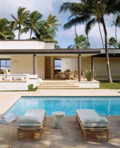 Modern Pool by David James Design and Vladimir Ossipoff in Honolulu, Hawaii. http://on.fb.me/P3LEwF