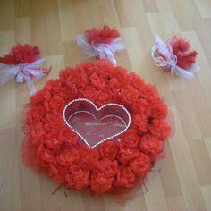 Kına tepsi Valantine Day, Afghan Wedding, Turkish Wedding, Henna Night, Parti, Wedding Details, Gift Bags, Diy Home Decor, Trays