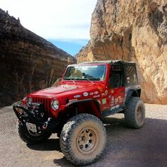 Red Jeep, Jeep Jl, Jeep Truck, Jeep Rubicon, Jeep Wrangler Tj, Jeep Trails, Jeep Wave, Jeep Camping, Jeep Mods