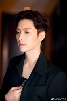 170908 Various Weibo Updates: Lay's Wax Statue Reveal Event Infinite Members, Star Academy, Wax Statue, Sehun And Luhan, Yixing Exo, Exo Korean, Exo Memes, Xiu Min, Perfect Boy