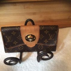 Louis Vuitton wallet Lv portefeuille bow tie long wallet preloved good condition no holes or rips just minor dirt on front and fine scratches beautiful piece to add to your collection just taking up space,don't use Louis Vuitton Bags Wallets