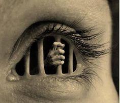 Eye jail cell. - Imgur
